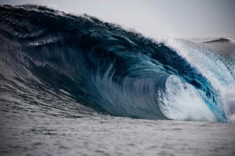 Mengetahui Lebih Detail Cara Air Laut Bergelombang