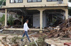 Jokowi Tinjau Desa Terdampak Tsunami Paling Parah Di Daerah Lampung