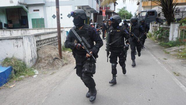 Densus 88 Ringkus Penjual Makaroni Diduga Teroris di Riau