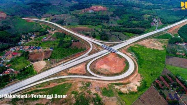 Pagi Ini Rencananya Presiden Jokowi Akan Resmikan Tol Terpanjang di Indonesia di Sumatera