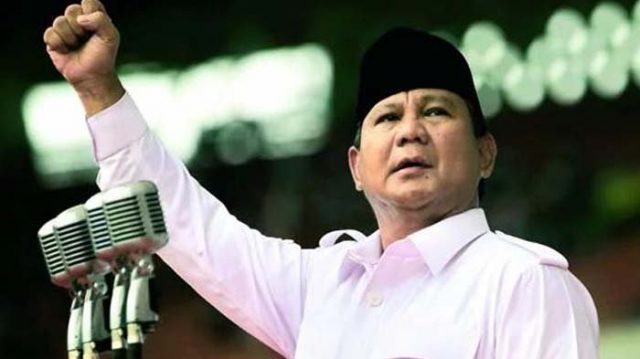 Prabowo Dikabarkan Akan Mendarat dengan Pesawat Pribadi