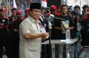 Prabowo Subianto Menghadiri Peringatan Hari Buruh di Senayan