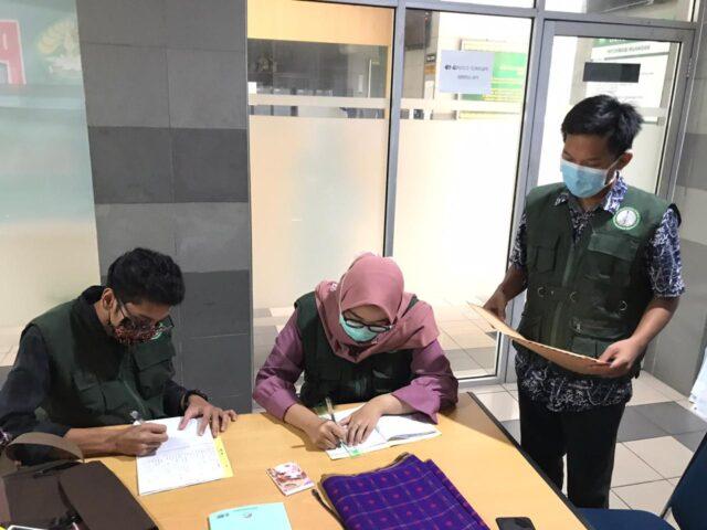Cegah Penularan Wabah, Mahasiswa Kukerta Universitas Riau 2020 Bentuk Tim Relawan COVID-19