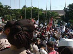 Aliansi Perjuangan Masyarakat Riau Tolak RUU HIP,Massa Geruduk Gedung DPRD Riau, Berikut Tuntutanya